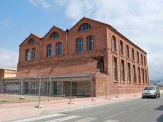 Se firma un convenio entre la Escuela de Organización Industrial (EOI) y el Ayuntamiento de Vélez-Málaga