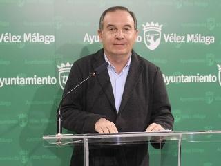 El alcalde felicita al veleño Bernardo Quintero por el premio de Virustotal en el 'Kaspersky Segurity Analyst Summit'