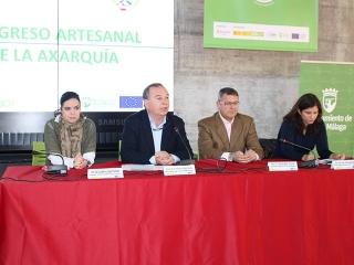 El alcalde abre el Congreso Artesanal de la Axarquía del Foro Innova-t