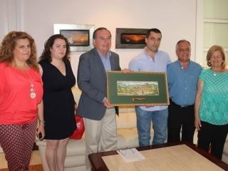 El alcalde recibe al veleño Bernardo Quintero, fundador de la empresa VirusTotal que fue adquirida en 2012 por Google