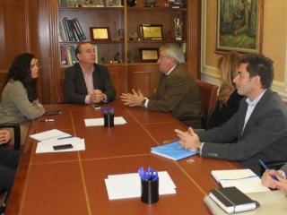 El Ayuntamiento y la Junta estudian que el CADE se ubique en el futuro vivero de empresas del Parque Tecnoalimentario