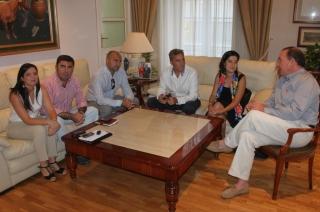 El alcalde mantiene una reunión con Anfaco-Cecopesca sobre el Puerto de Caleta de Vélez y el Tecnoalimentario